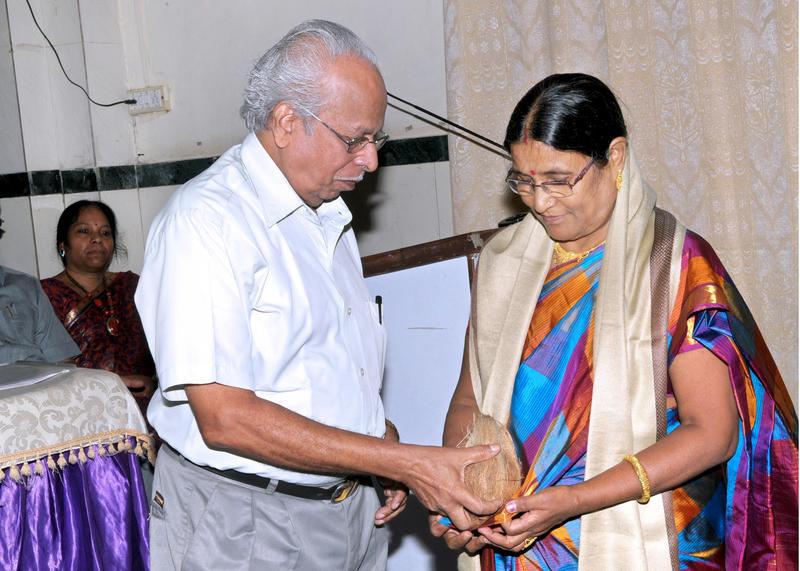 mrs jaya mahire Mrs s umamaheshwary pillay capital gai mr ravindra b bhagawat capital gain mr ashok ramchandra jadhav mr alex s rodrigues mr thankamani pillai vishamdas tikamdas valicha shankar mahadev.